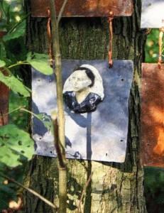 Portretten in het bos LandArt Diessen september 2010